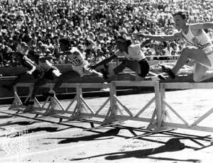 Babe Didrikson hurdles Los Angeles Olympic Games 1932